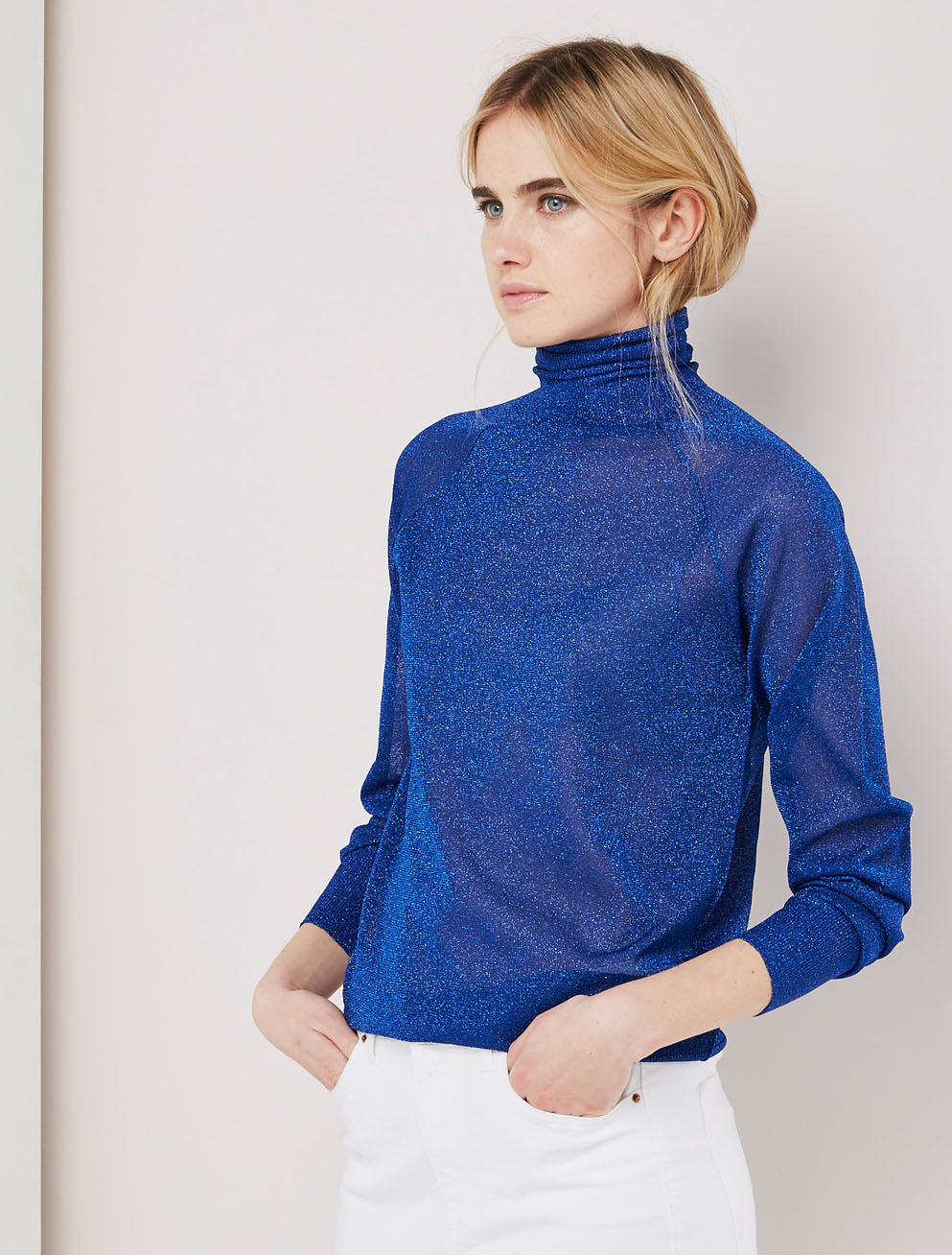 Metallic knitted turtleneck sweater