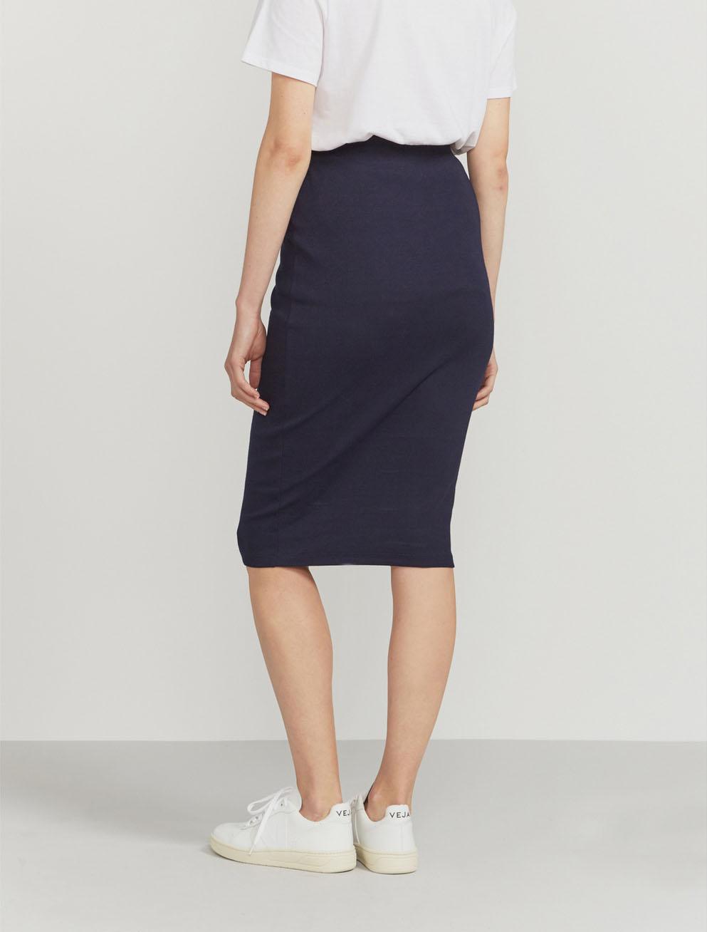 Ribbed stretch skirt