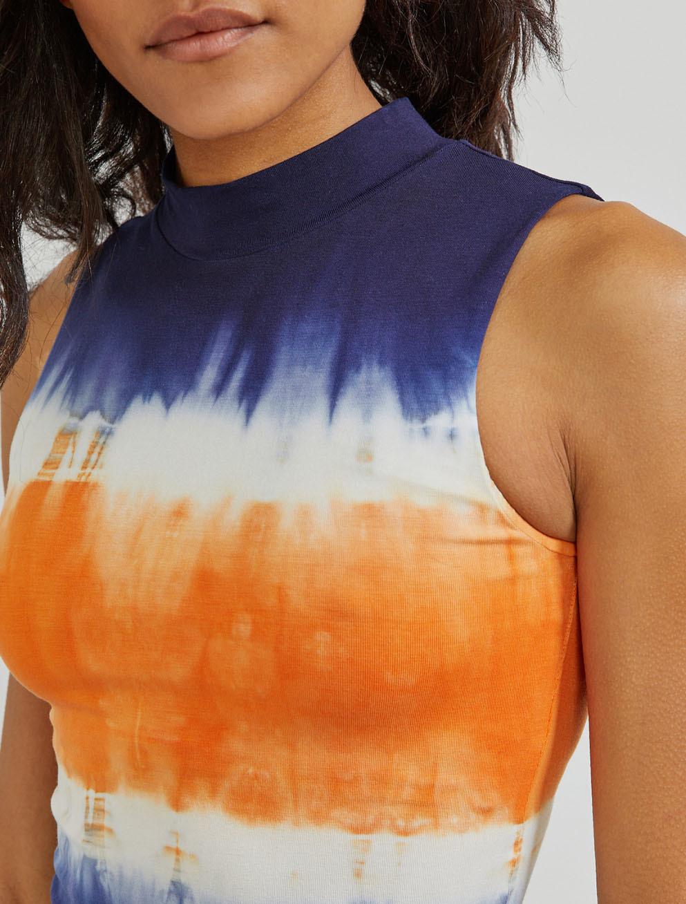 Tencel tie-dye turtleneck body