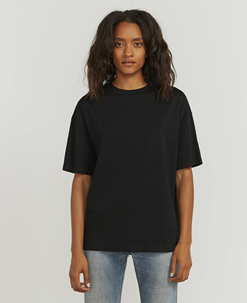 short-sleeve T shirt